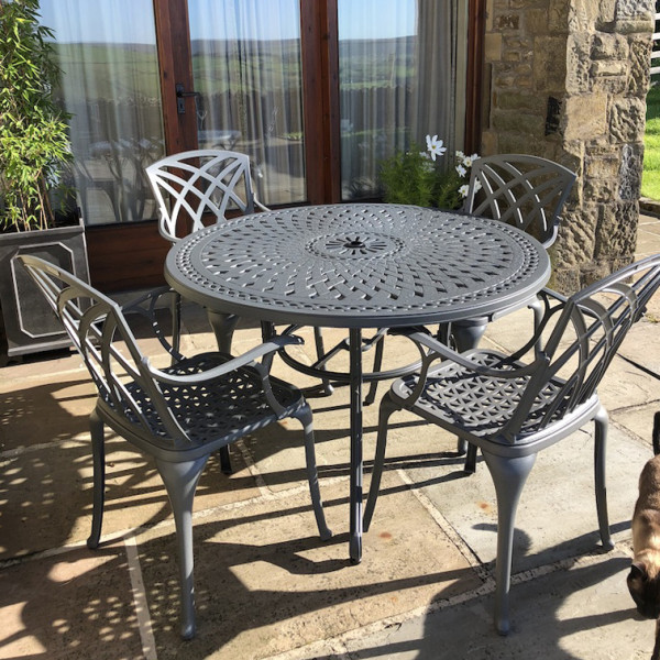 Alice 4 Seater Slate Round Garden Or Patio Table Lazy Susan