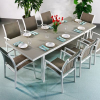 The automatic mechanism of this Beatrice White & Champagne 6 Seater extending dining table is excellent.
