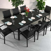 The automatic mechanism of this Beatrice Black 8 Seater extending dining table is excellent.